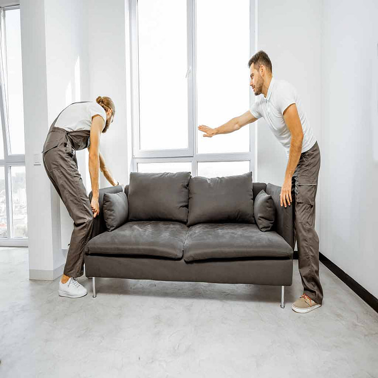 Local professionals of moving companies Quincy MA